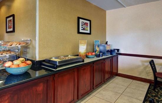 Welcome To Quality Inn Wichita Falls - Breakfast Area