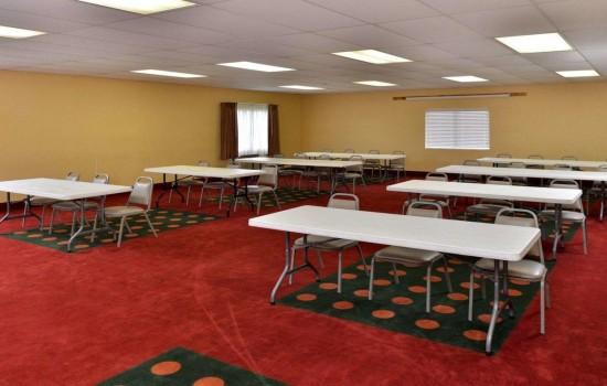 Welcome To Quality Inn Wichita Falls - Meeting Room
