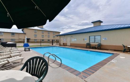 Welcome To Quality Inn Wichita Falls - Seasonal Outdoor Pool